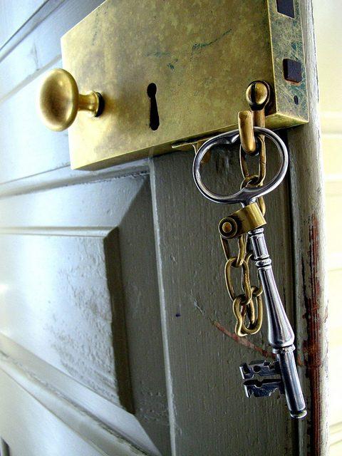 Skeleton key unlocks all doors in commercial space